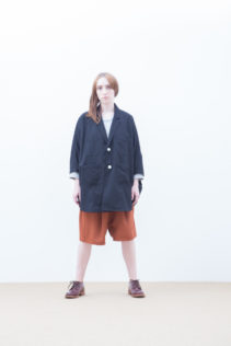 Poncho : [ S7_F042J ] FNJK 34,000+tax br; Cut&Sewn : [ S7_F121T ] FDMT8 12,000+tax br; Short Pants : [ S7_F154P ] FHSL 19,000+tax br; Shoes : [ S6_F111R ] REGALIA DUDA-L 98,000+tax br;