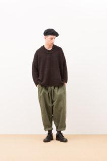 Sweater : [ F211KF ] FTBSW 39,000+tax br; Pants : [ A7_F083PF ] FGTSL 19,500+tax br;