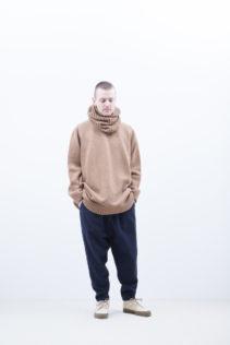 Sweater : [ A8_FR241KF ] FWBKN 36,000+tax br; Neck Warmer [ A8_FR242KW ] FTCNW 12,500+tax br; Pants : [ A8_FR203PF ] FTPSL 25,500+tax br;
